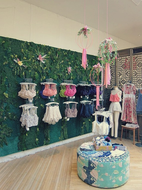 free-people-spring-display